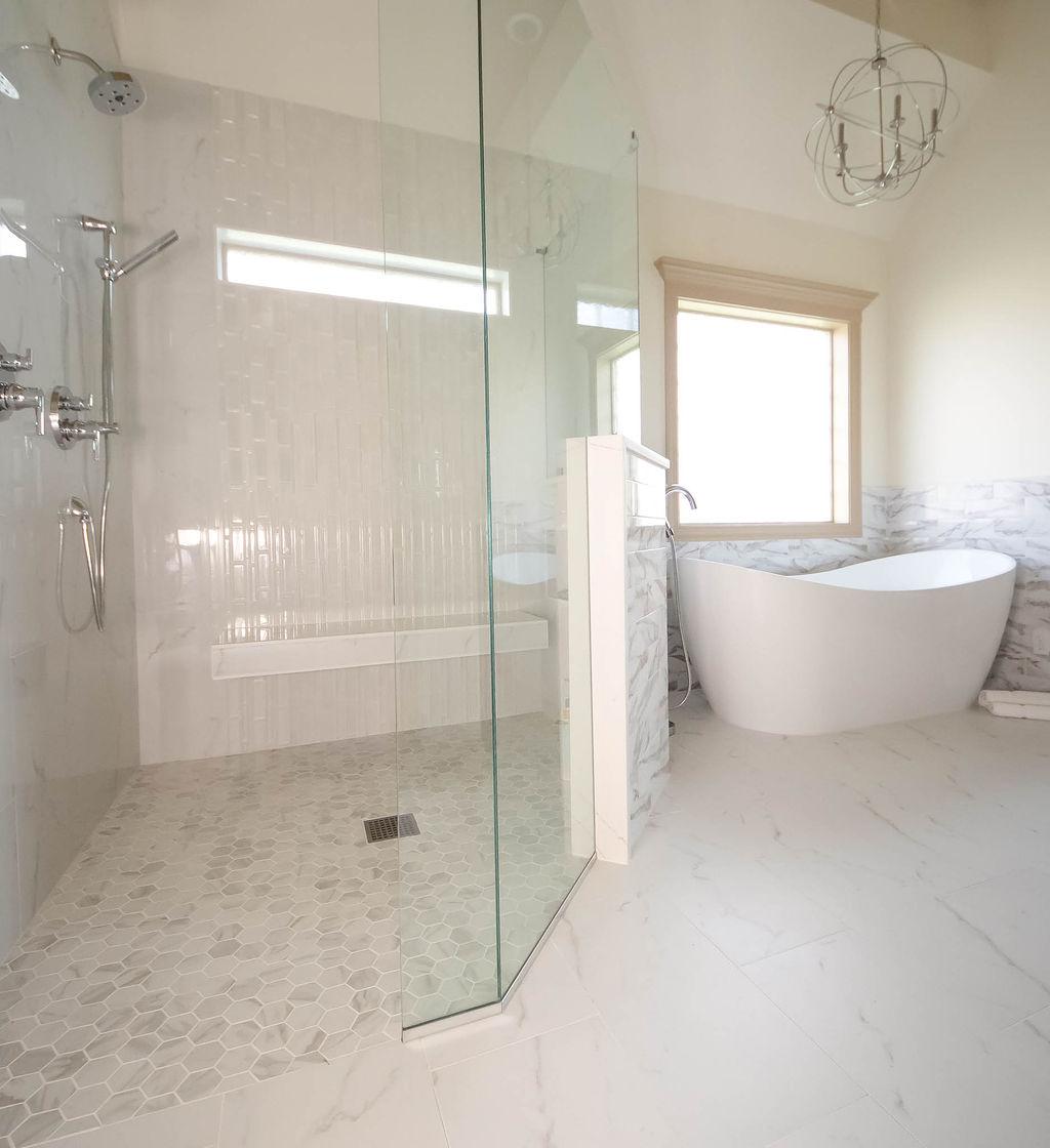 Bold Master Bath